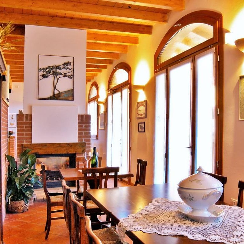 Veduta dell'enoteca dell'azienda vitivinicola Gaggioli a Zola Predosa